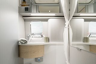 Hymercar Free 600 Bathroom