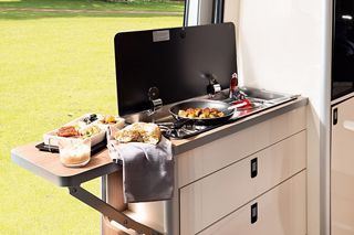 Amundsen 640E Kitchen